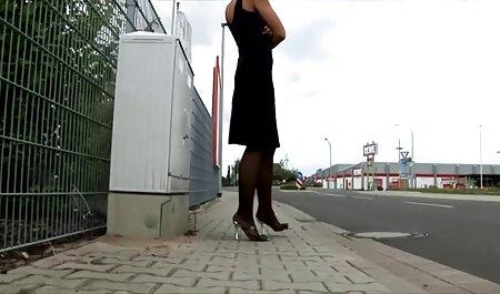 Везе таксі чоловік, жінка, брюнетка завантажити безкоштовно порно