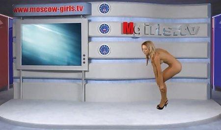Чарівна дівчина долбится з російське порно ролики великим пенісом