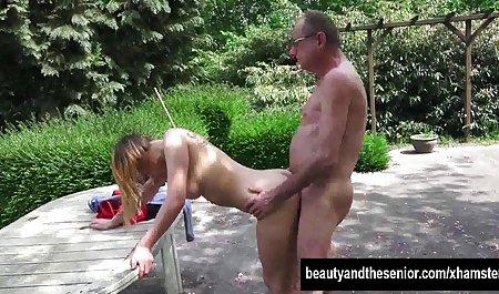 Гарячі в рожевому білизна, але коли ви бачите його російське Анальне порно